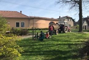 Zalévání stromů 20.4.2019